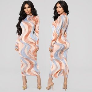 FASHION NOVA - Forecasting You Midi Dress